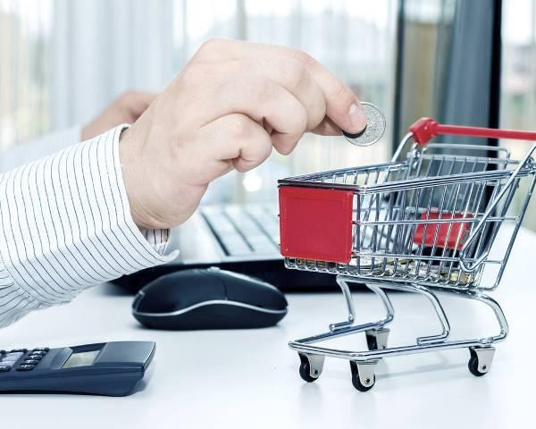 Продавец, передавший некачественный товар, прекратил свою деятельность. Каму предъявлять претензию?