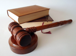 Об изменениях законодательства «О порядке рассмотрения обращений граждан Российской Федерации»