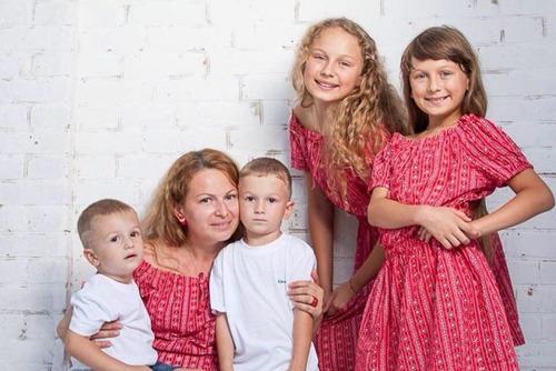 Мамы, воспитавшие 4 детей, начали выходить на досрочную пенсию