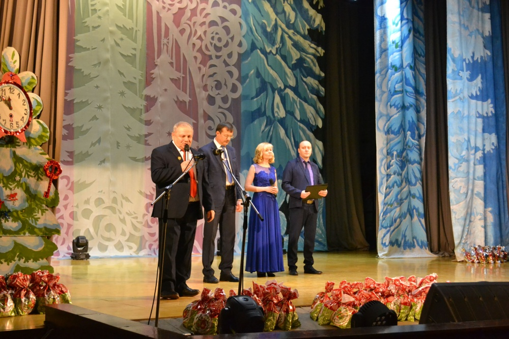 Глава города Советска отметил лучших из лучших!