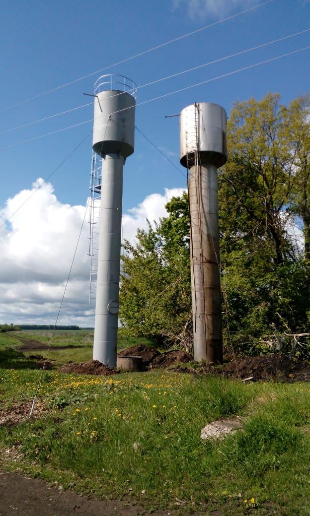 В п. Тойда 1-я установили новую водонапорную башню
