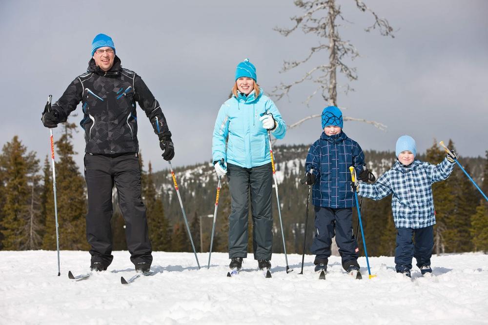 """19 января состоятся соревнования по лыжным гонкам """"За здоровый образ жизни!"""" на призы В.А. Дёмшина"""