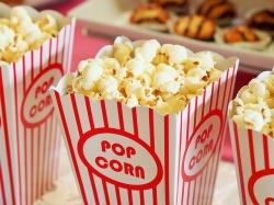 Кинотеатры смогут не пускать на сеанс зрителей со своими напитками и едой