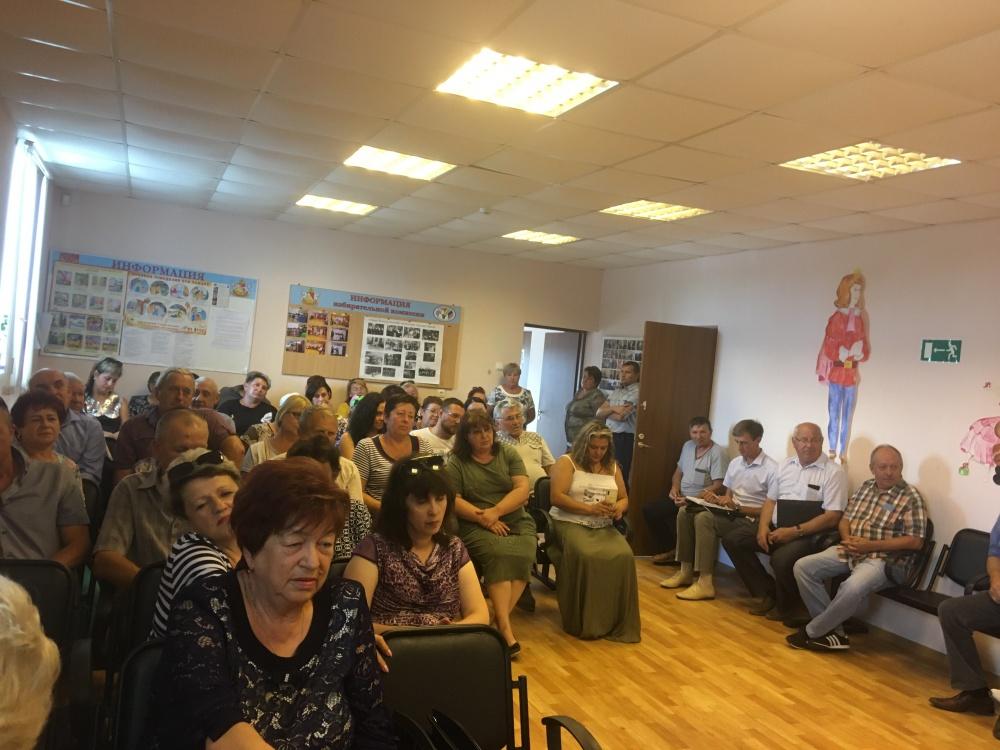 3 августа 2020  года  состоялись  встречи главы администрации района А.И. Пономарева с жителями  сел  Мосальское и Олень-Колодезь