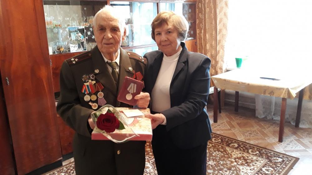 Вручение юбилейных медалей к 75 летию Победы в Великой отечественной войне 1945г.г. ветеранам ВОВ, вдовам и труженикам тыла