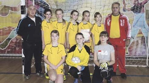 Футболистки района победили в зональном турнире