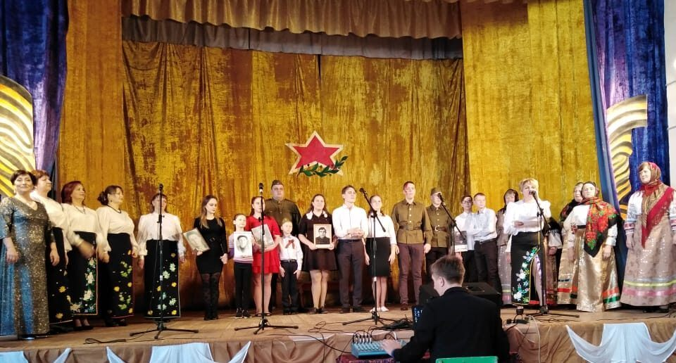 14 марта коллектив Нижнемамонского Центра культуры №1 выступил с творческим отчетом в Осетровке