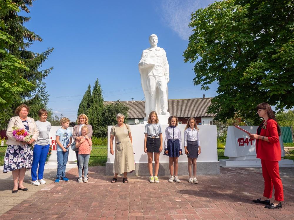 Поклониться могиле родственника-солдата в Мятлево приехали гости из Подмосковья