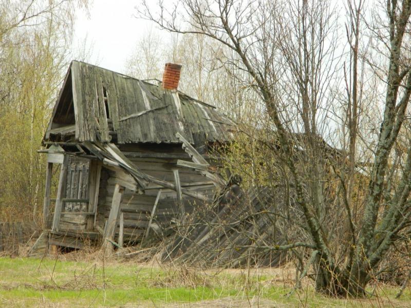 «Как и зачем снимать с кадастрового учёта разрушенный дом» - «горячая» линия Вологодского Росреестра