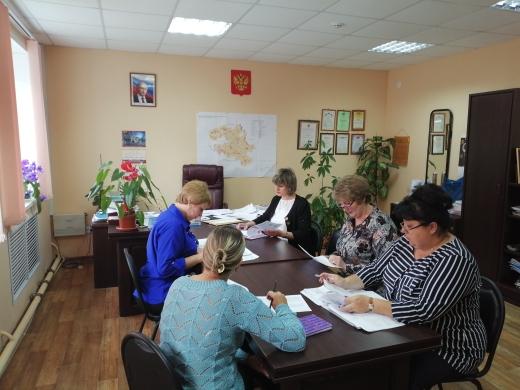Заседание комиссии по материальному поощрению сельских старост и председателей территориального общественного самоуправления