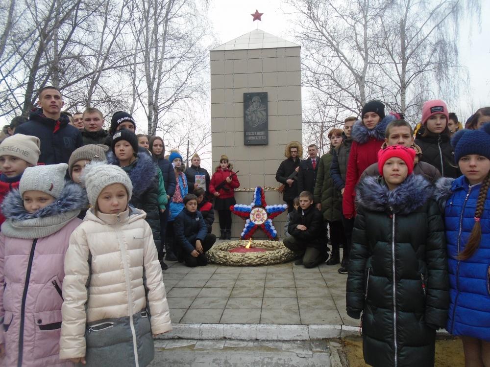 77-летию Победы под Сталинградом, 75-летию Победы в Великой Отечественной  войне – посвящается!