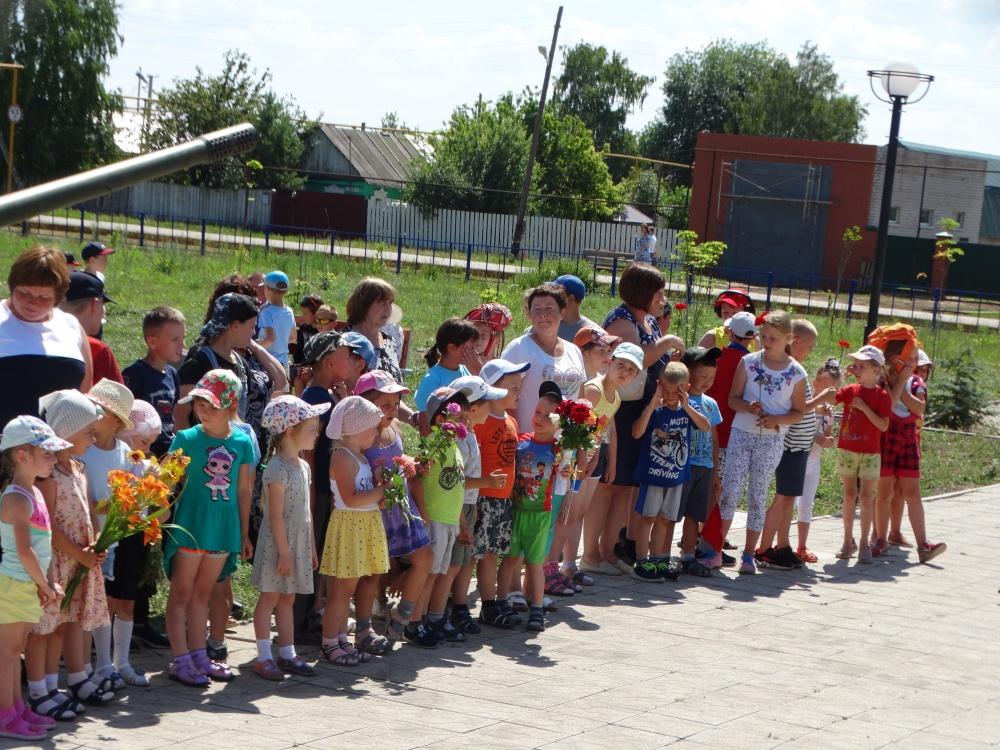 21 июня в Парке Победы сельского поселения Черновский прошел митинг, посвященный «Дню памяти и скорби»