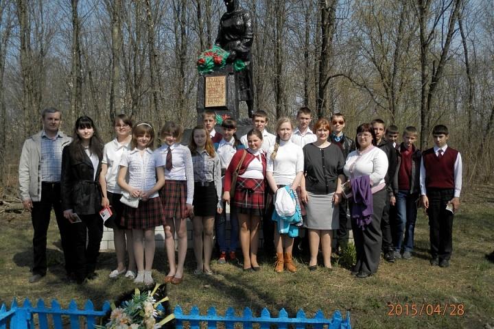 Памятник павшим Героям в ВОВ с. Щучье