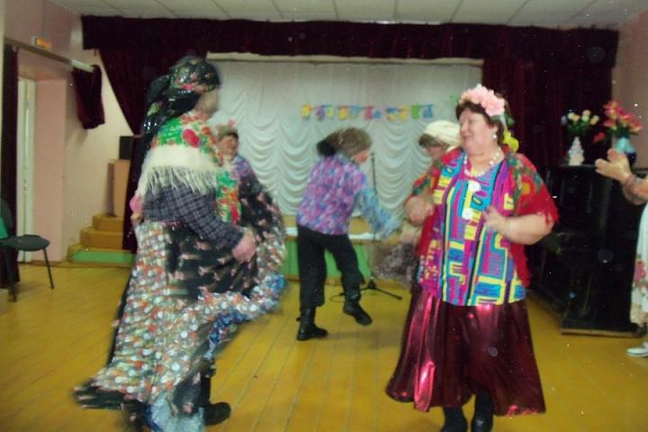 Весенние праздники в Верхнесъезженском СДК