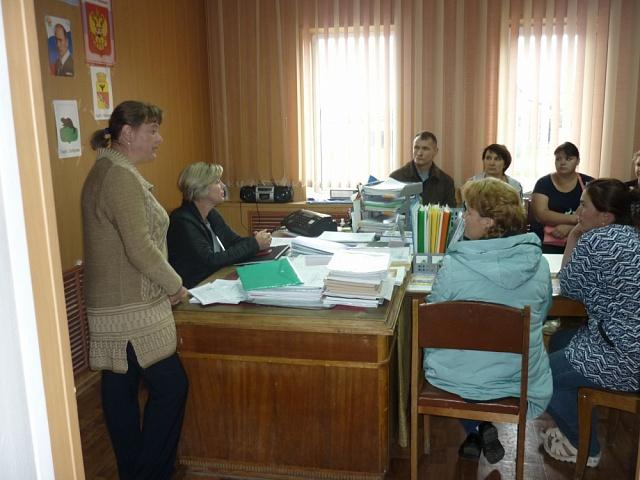 Собрание с жителями, желающими участвовать в  программе по оказанию государственной социальной помощи на основании социального контракта для малоимущих граждан