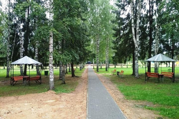 парк 30-летия победы.jpg