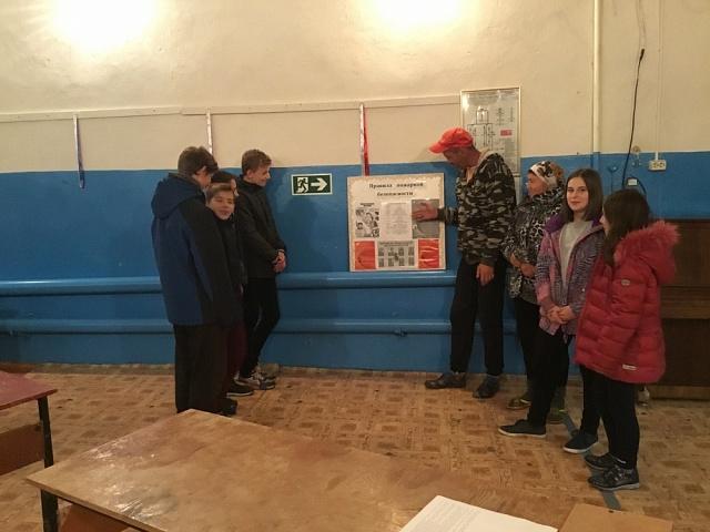 Беседа о мерах пожарной безопасности в Бирюченском СДК