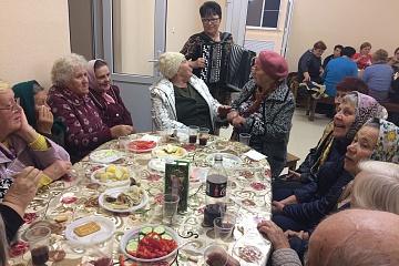 """04.09.2019 г. в п. Перелешино , в здании сдк состоялся праздничный концерт, посвещенный"""" Дню пожилого человека"""""""