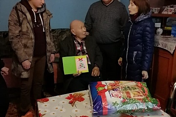 Поздравление ветеранов и тружеников тыла с Новым годом.