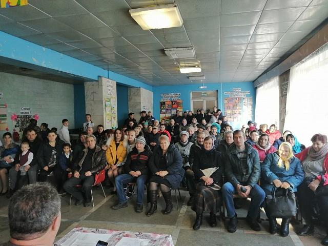 Собрание жителей села Сухие Гаи  по вопросам   участия в дополнительном конкурсном отборе проектов по поддержке местных инициатив  в рамках развития инициативного бюджетирования