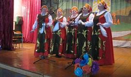 выступление коллектива Рябинушка.jpg