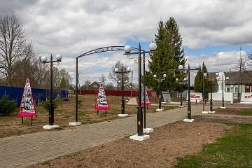 В поселке Мятлево завершилось обустройство территории сквера Победы