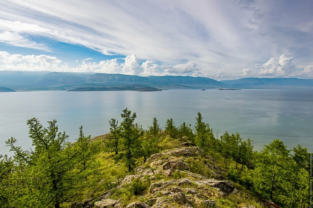 «Единая Россия» предложила ужесточить штрафы для загрязнителей байкальской территории и запретить использовать там пластиковую посуду  В преддверии года Байкала партия подготовила комплекс мер по сохранению озера