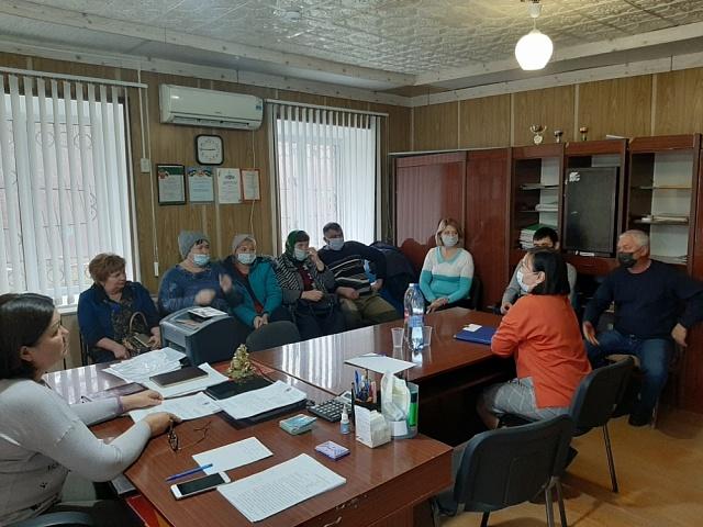 Сессия Собрания депутатов Лазаревского сельского муниципального образования Республики Калмыкия  пятого созыва.