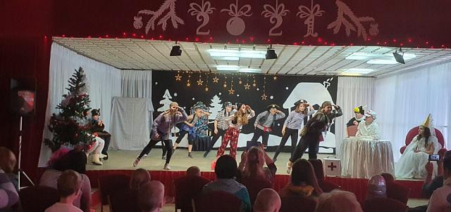 27 декабря 2020 года  в п. Товарково прошла социальная елка