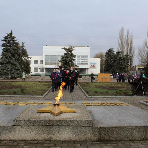 Торжественное возложение цветов, посвященное 78-ой годовщине со дня освобождения города Ейска, Ейского района и станицы Камышеватской от немецко-фашистских захватчиков.