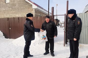 В Волжском районе представителей Общественного совета при территориальном органе поздравили с днем рождения