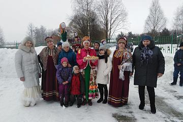 Знатоки народных традиций