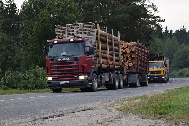 О введении ограничений движения транспортных средств  по автомобильной дороге на территории Лойнского сельского поселения  Верхнекамского района Кировской области