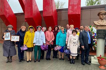 Возложение венков и праздничный концерт ко Дню Победы