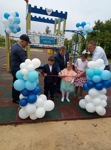 1 июня 2021 года в Лозовом состоялось открытие детской спортивной площадки, которая сделана благодаря участникам ТОС